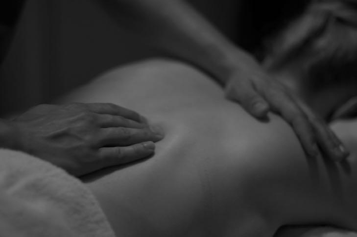 Massage-masáž