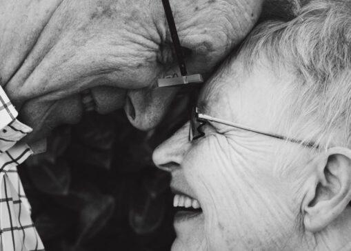 Láska nebeská, láska věčná, láska až za hrob